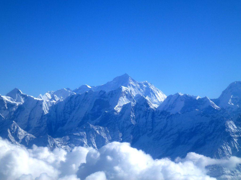 8.463m_Makalu_Himalaya_Mountain_Flights_Nepal_-_panoramio_(2)